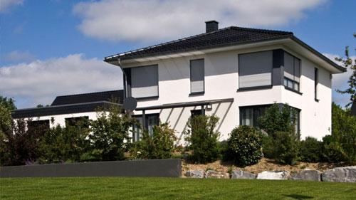Schöne Immobilie mit Garten