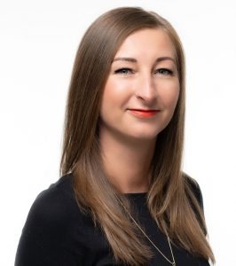 Claudia Schlefler